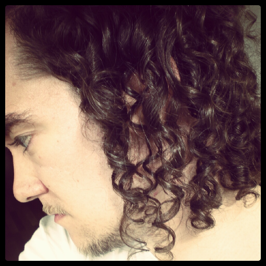 Curls on the side.
